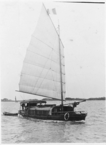img091-A-Chinese-junk