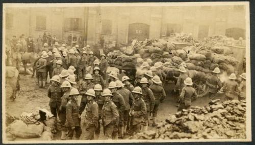 img620-British-soldiers
